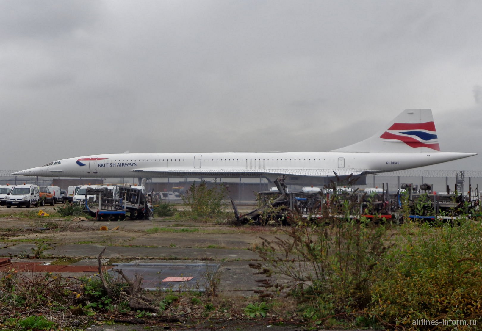 Авиалайнер Concorde G-BOAB в аэропорту Лондон Хитроу