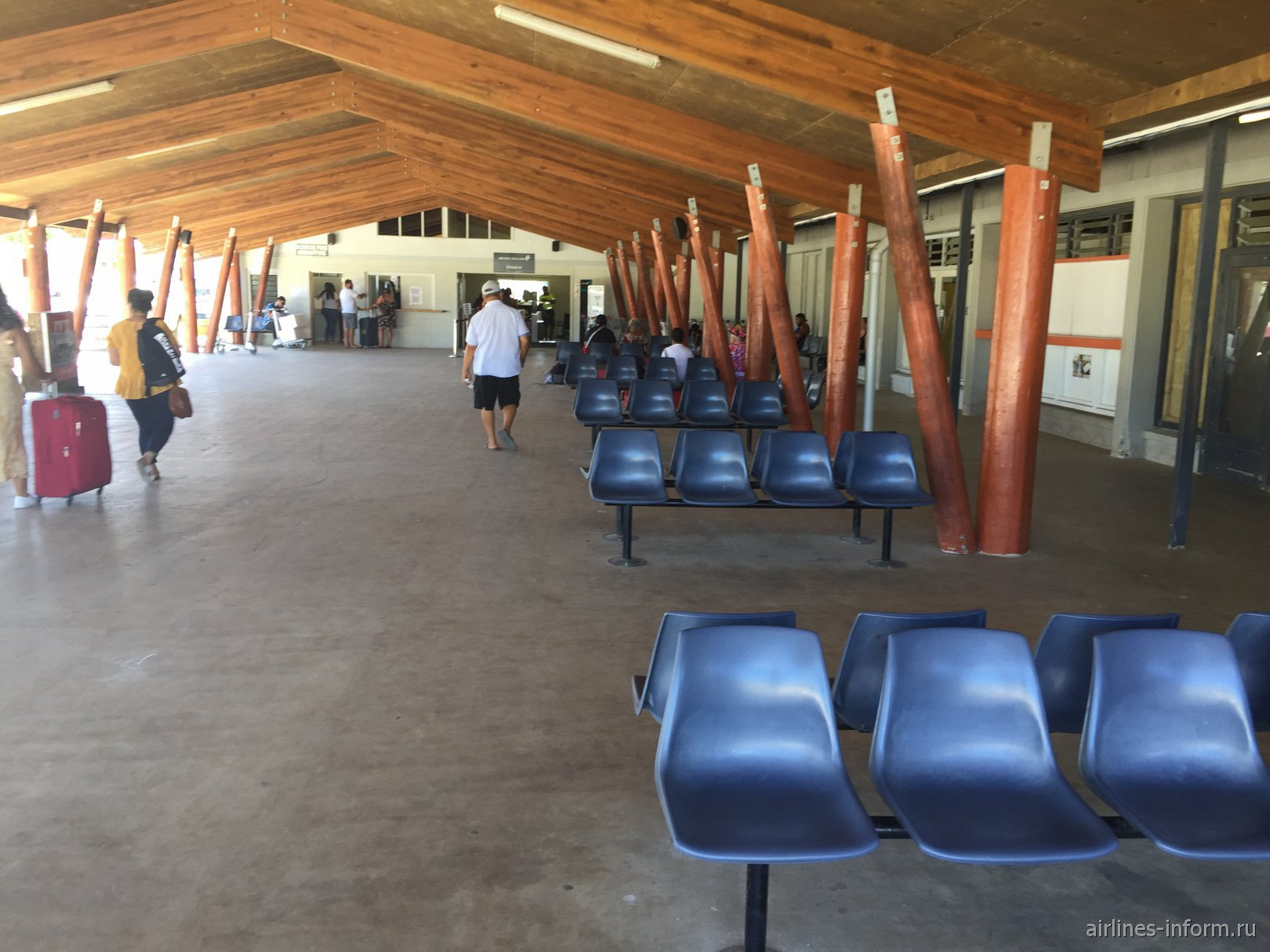 Зал прилета в аэропорту Ниуэ