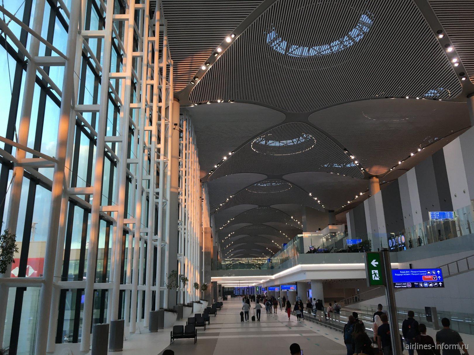В центральной части терминала (зона С) аэропорта Стамбул Новый