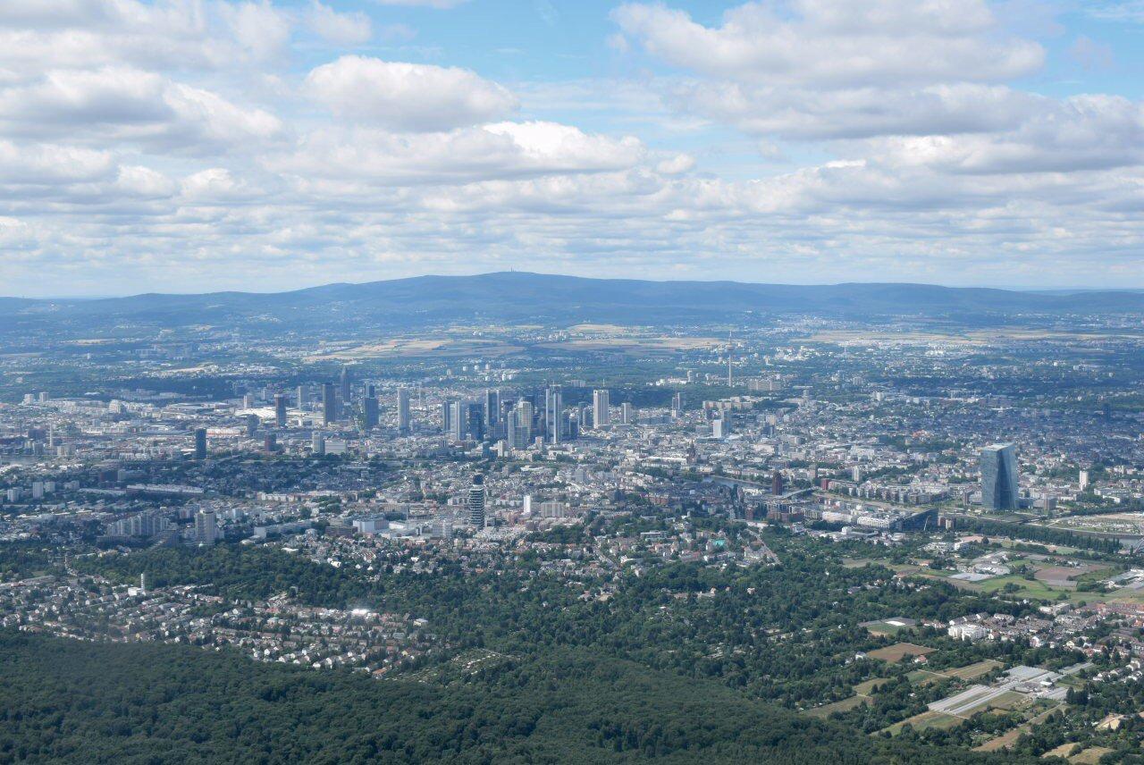 Город Франкфурт-на-Майне