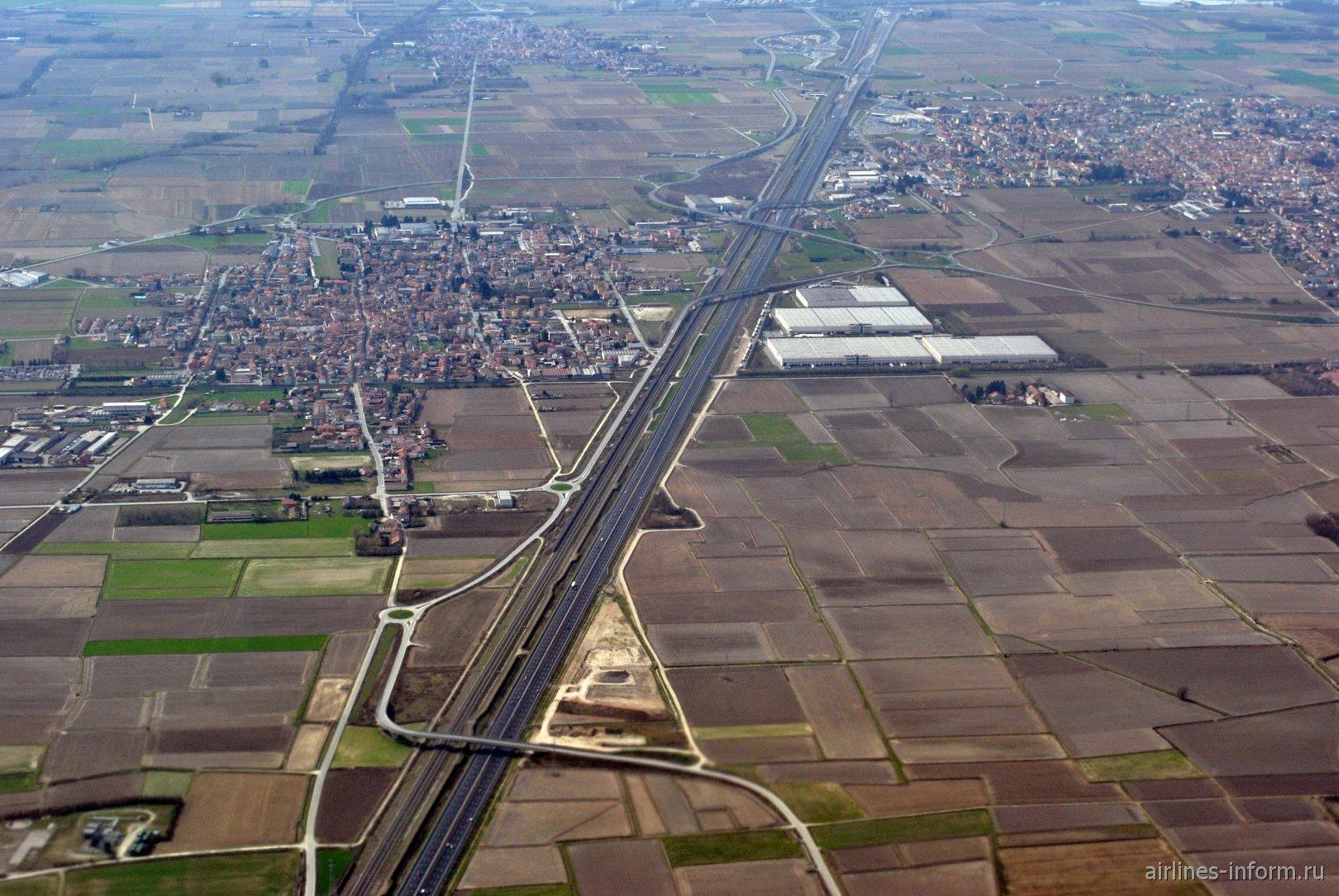 Город Роментино и шоссе А4 Турин - Триест