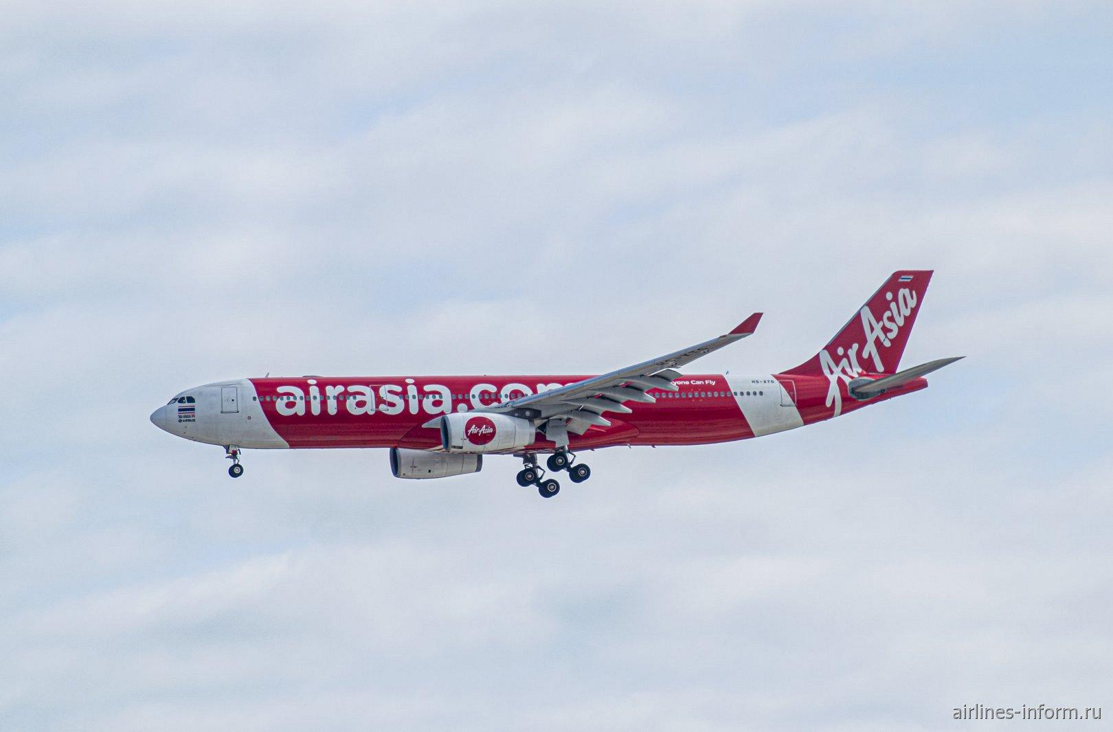 Самолет Airbus A330-300 авиакомпании Thai AirAsia в аэропорту Токио Нарита