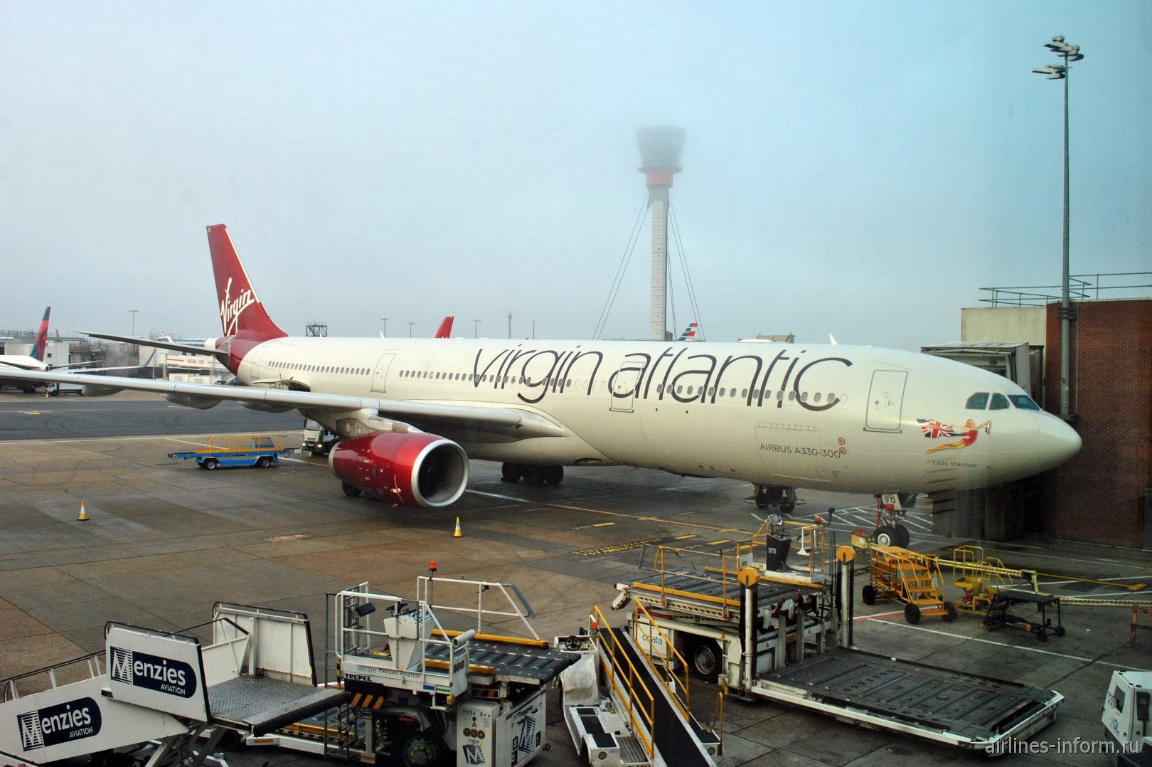 Airbus A330-300 G-VUFO авиакомпании Virgin Atlantic в аэропорту Лондон Хитроу