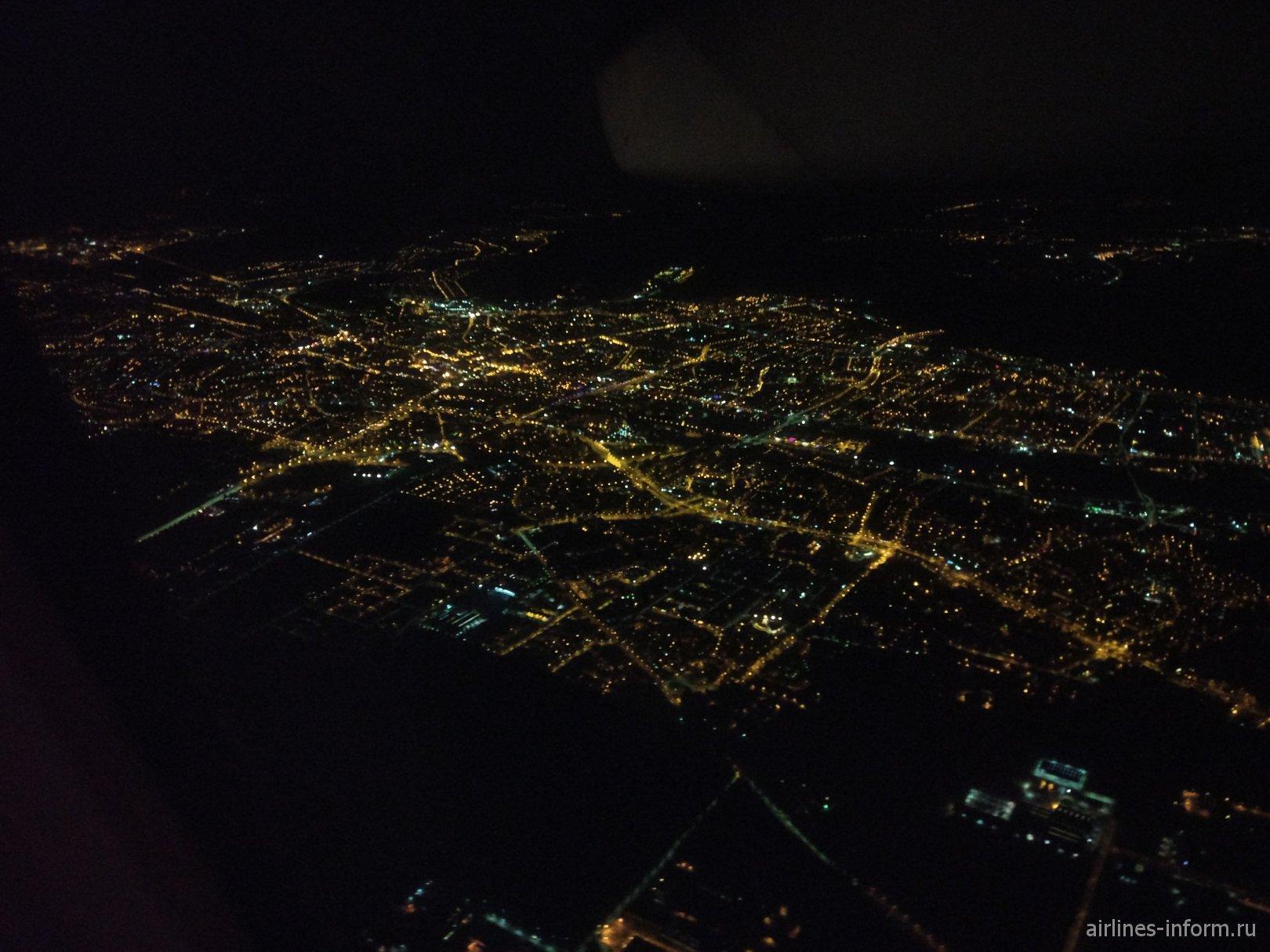 Ночное фото города Быдгощ в Польше