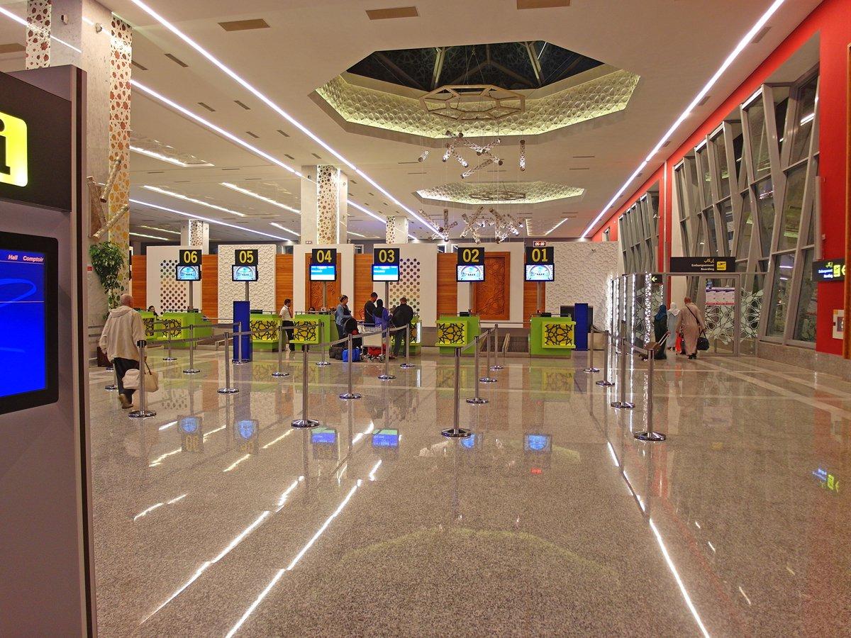 Стойки регистрации в аэропорту Фес-Саи