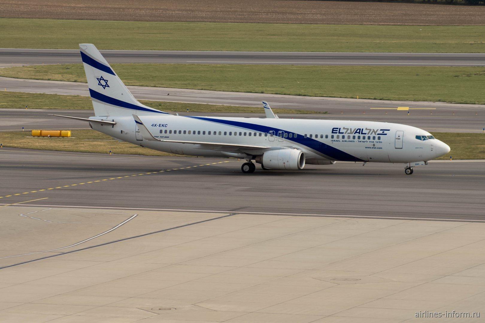Боинг-737-800 4X-EKC авиакомпании EL AL в аэропорту Вена Швехат