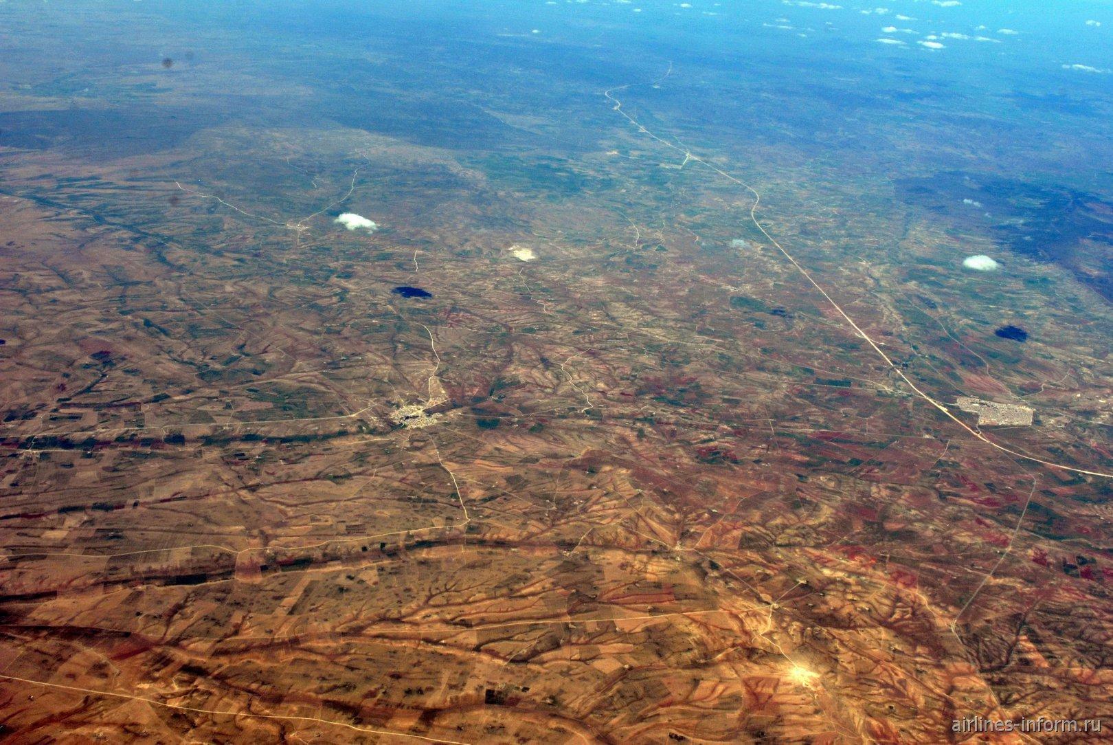 В полете над Алжиром у населенного пункта Ain Kermes