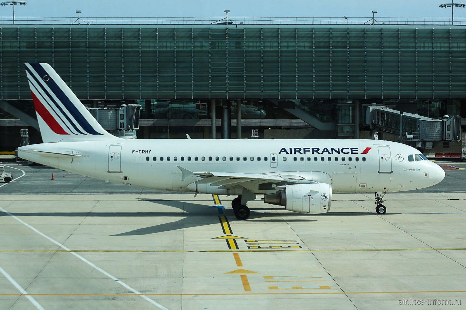 Airbus A319 F-GRHY авиакомпании Air France в аэропорту Париж Шарль-де-Голль