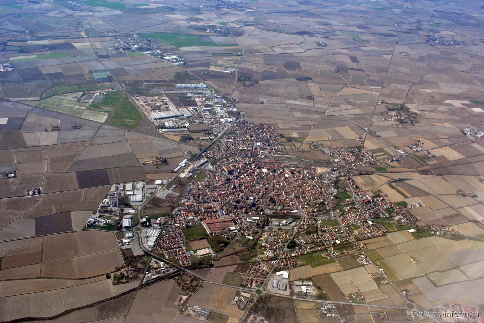 Город Мортара на севере Италии