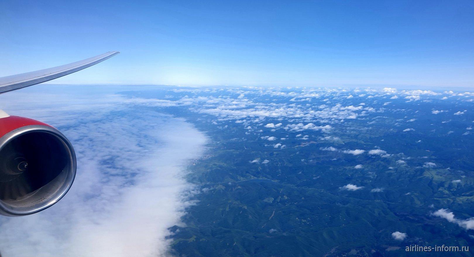 В небе над Сахалином