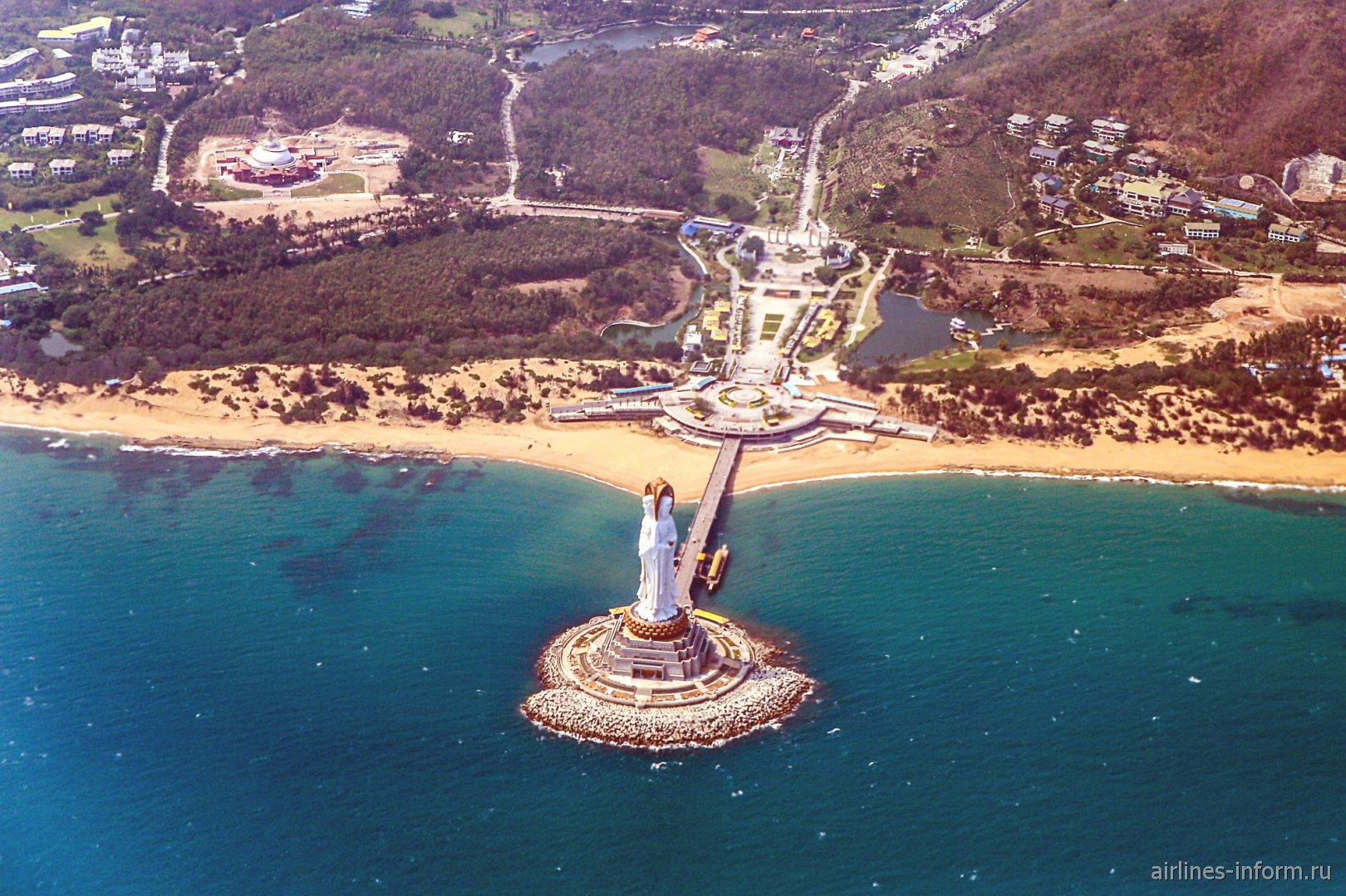 Статуя Гуаньинь на острове Хайнань