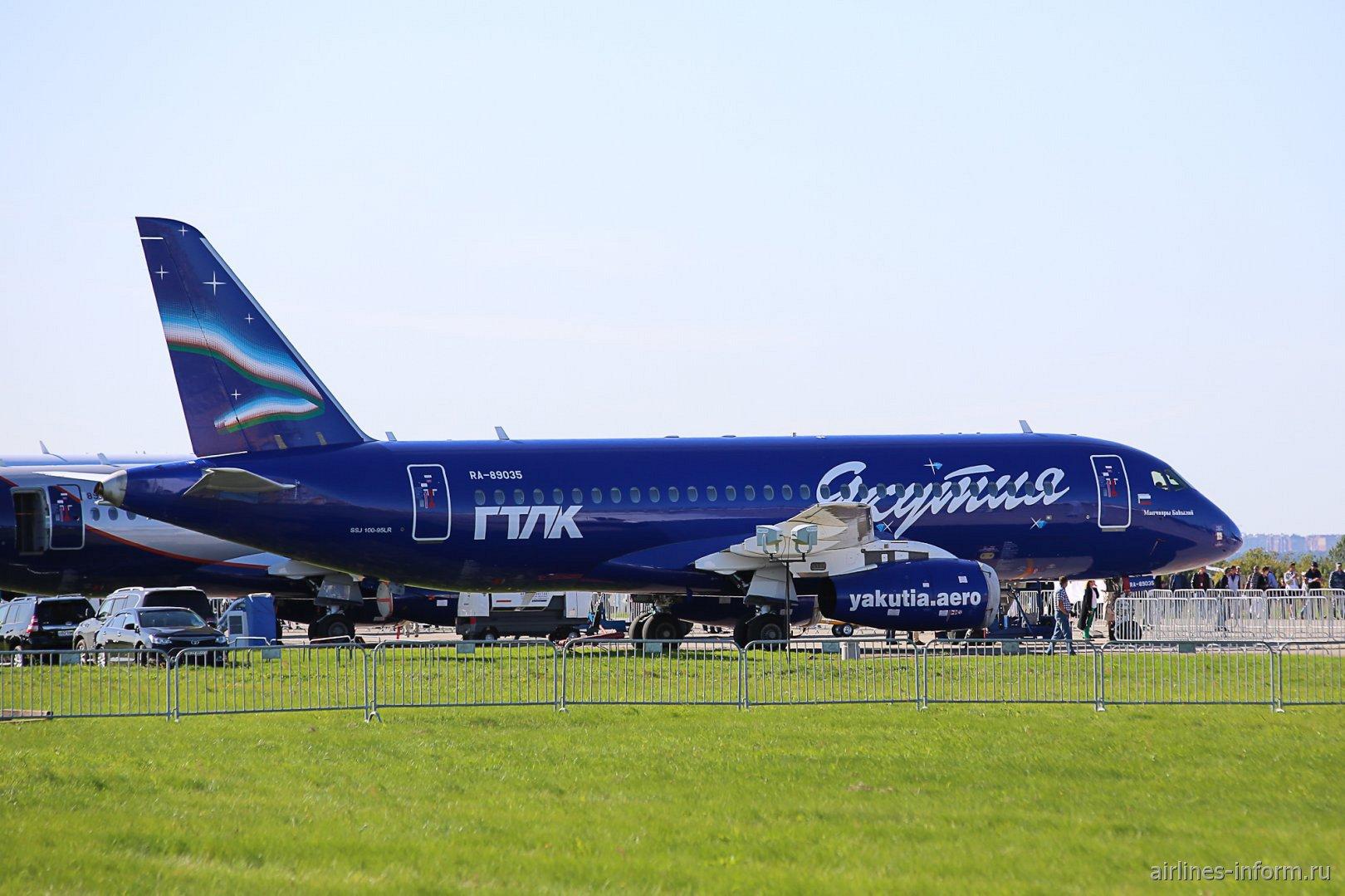 Самолет Сухой Суперджет-100 RA-89035 авиакомпании