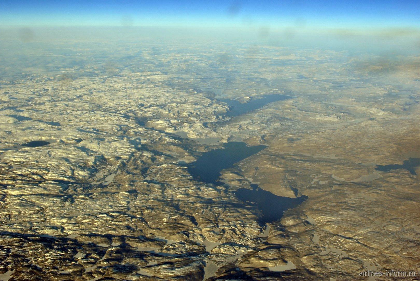 Озеро Мистинипи на востоке Канады