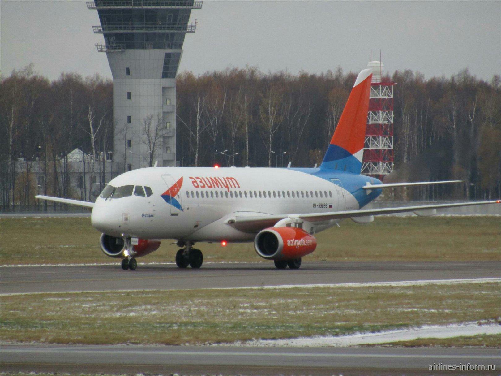 Самолет Сухой Суперджет-100 RA-89096 авиакомпании
