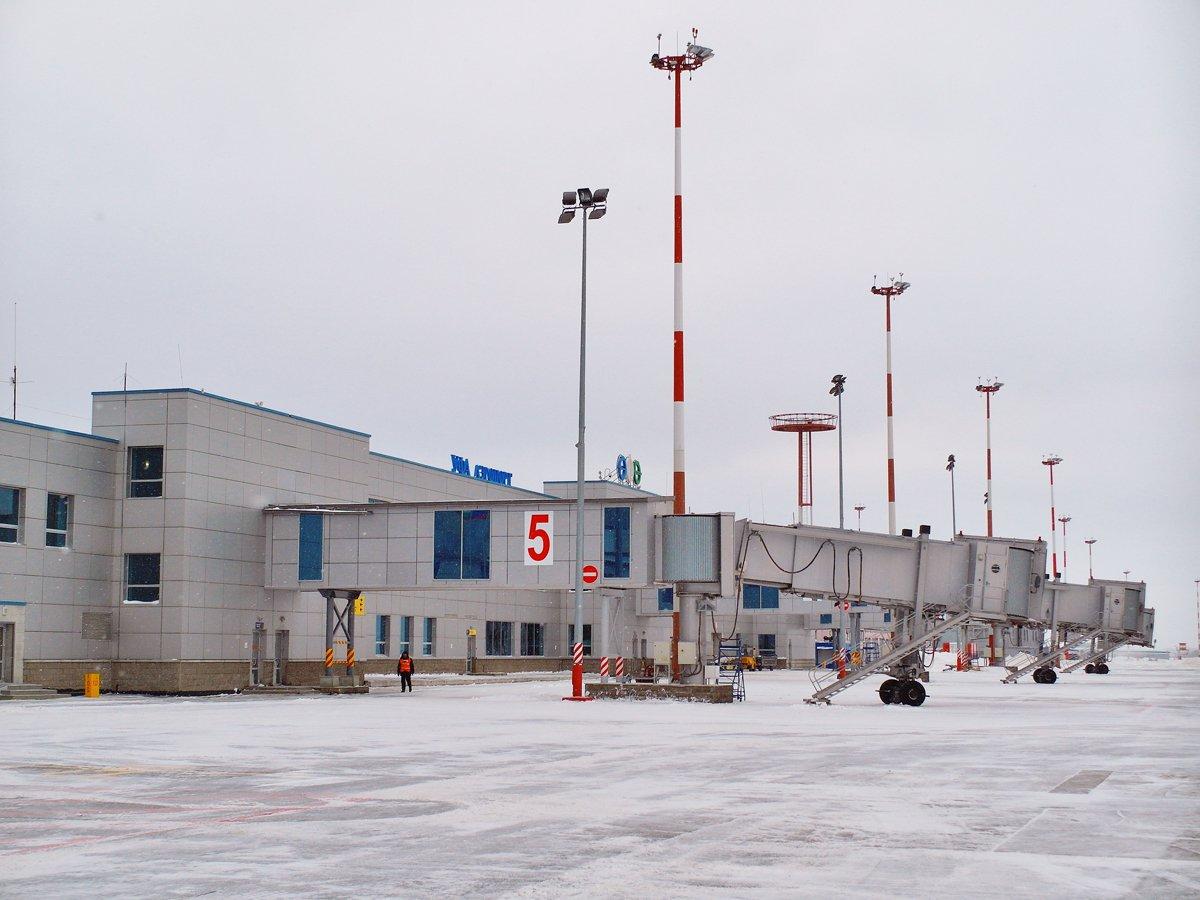 Терминал внутренних воздушных линий аэропорта Уфа