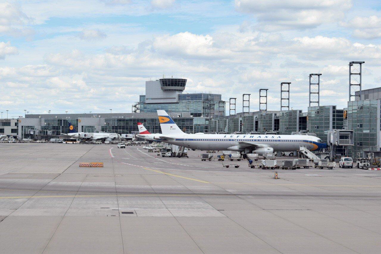 На перроне аэропорта Франкфурт-на-Майне