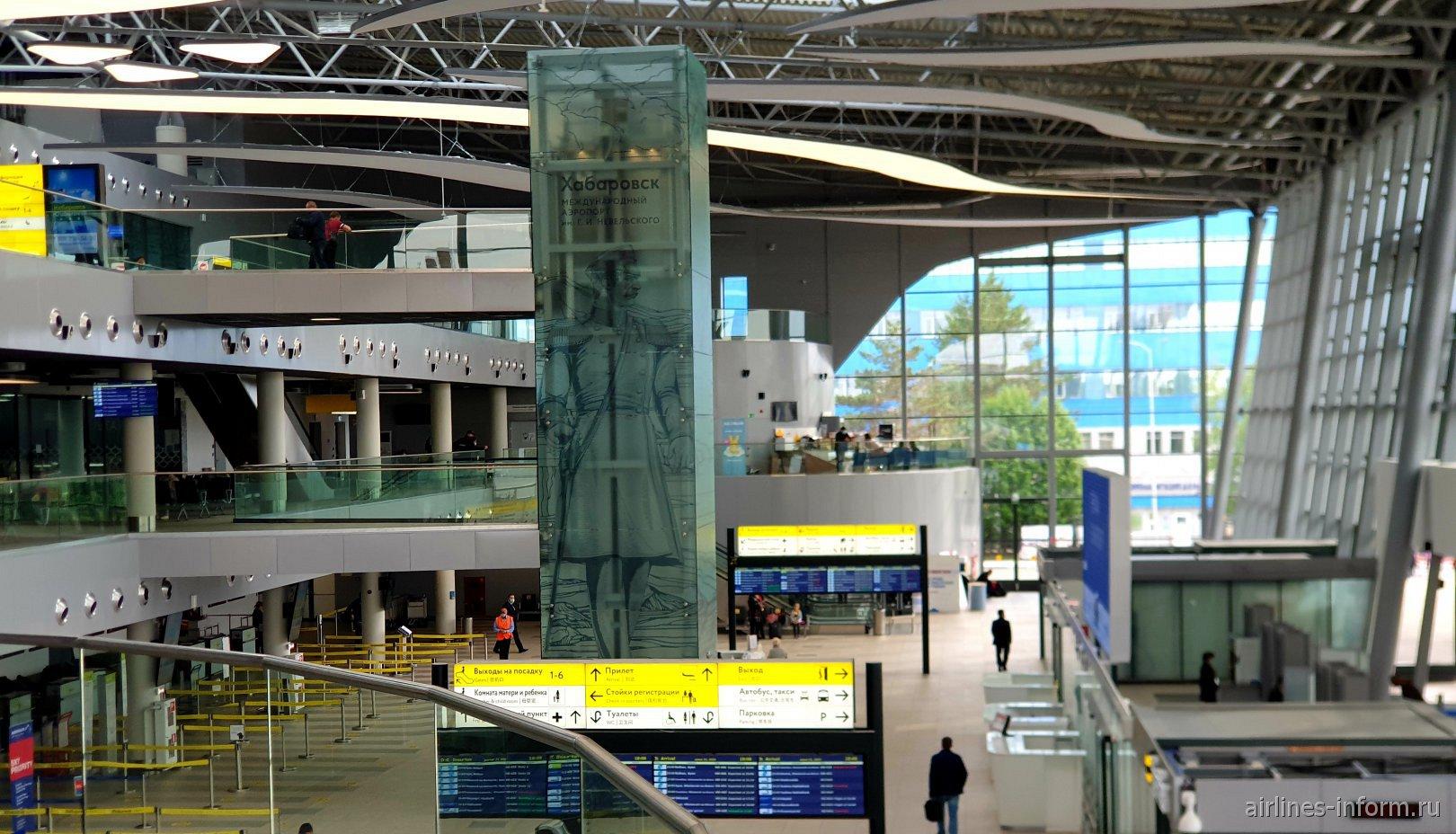 Интерьер нового терминала аэропорта Хабаровск Новый