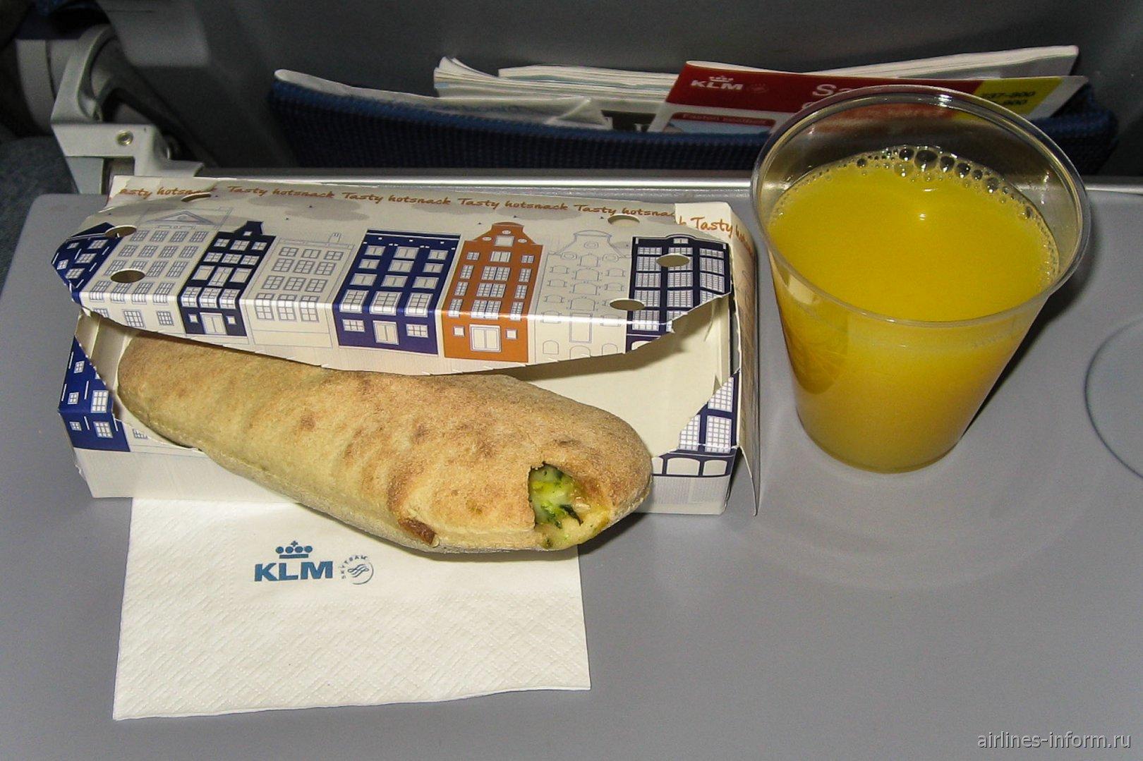 Питание на рейсе Москва-Амстердам авиакомпании KLM