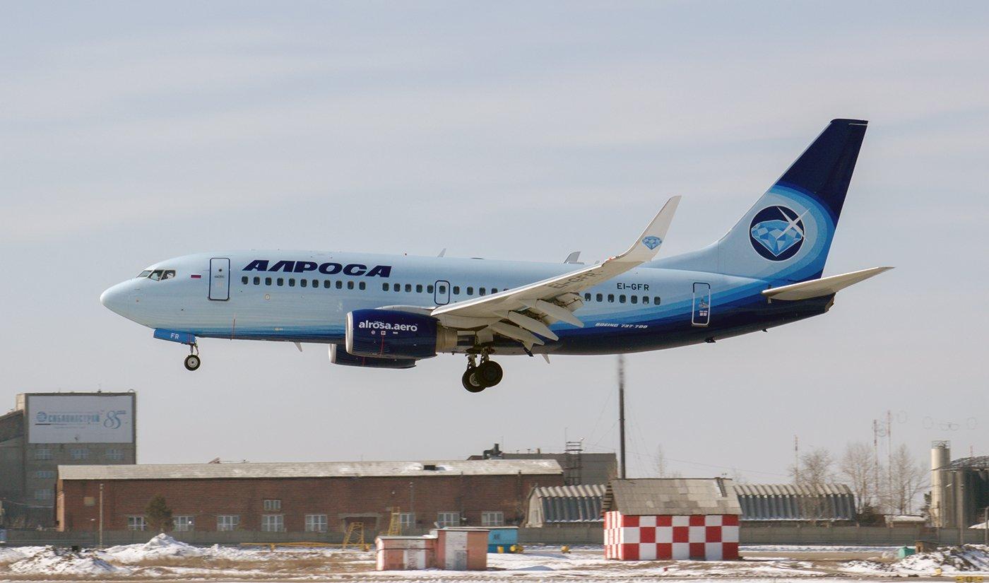 Самолет Boeing 737-700 EI-GFR авиакомпании