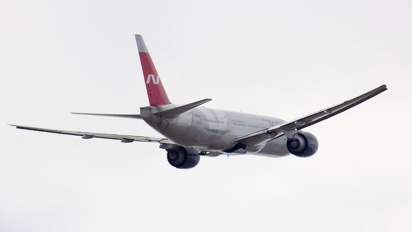 В небе Боинг-777-200 авиакомпании Nordwind Airlines