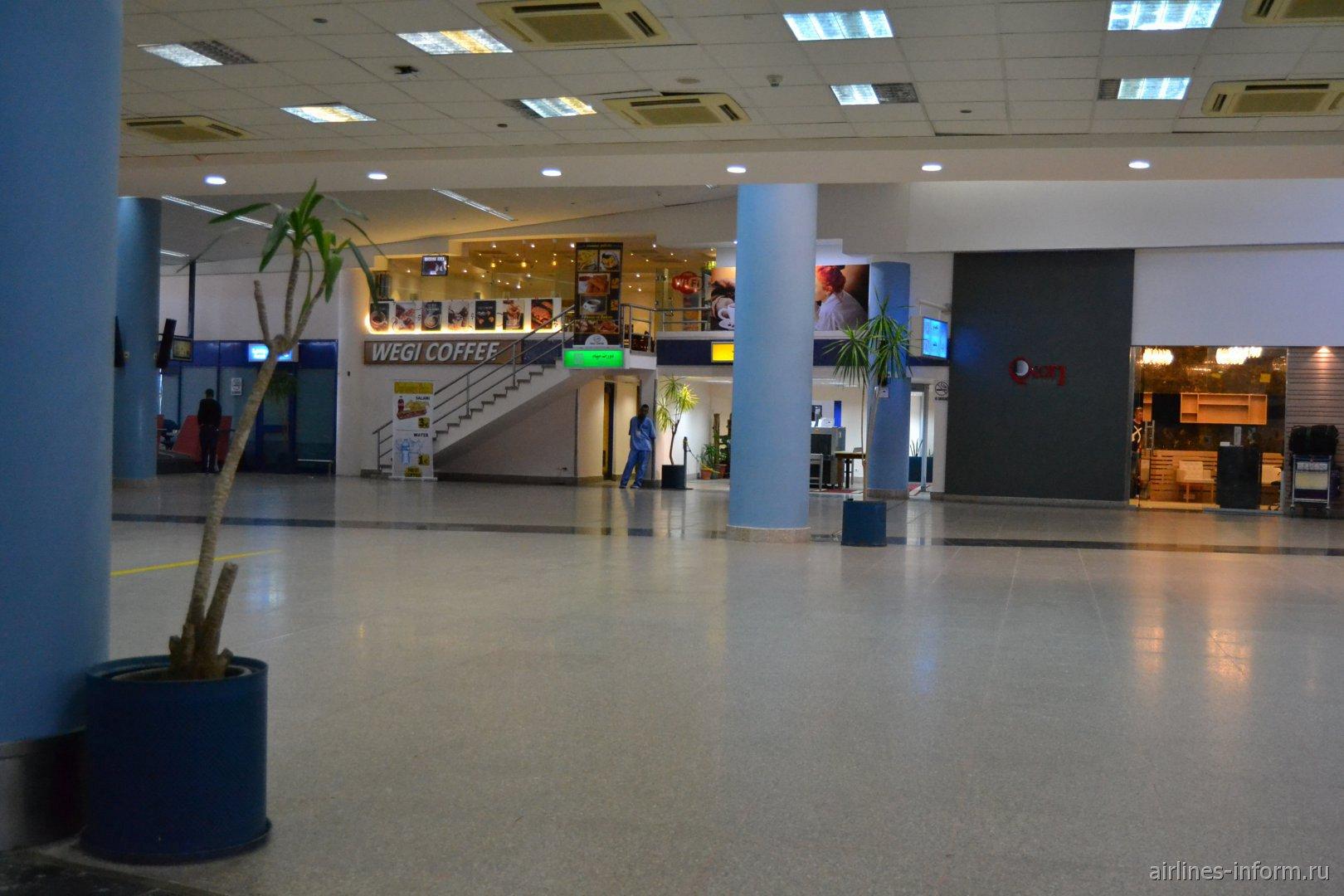 В пассажирском терминале аэропорта Марса-Алам