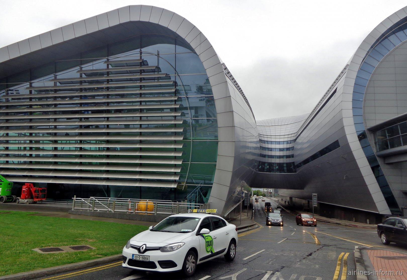 Автомобильная дорога под терминалом 2 аэропорта Дублин