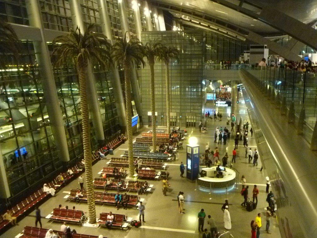Зона прилетов аэропорта Доха Хамад