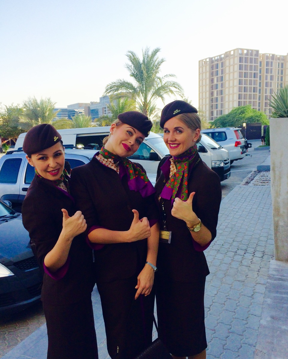 Стюардессы авиакомпании Etihad Airways