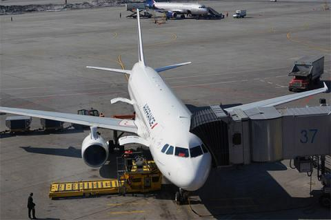 Фотообзор аэропорта Париж Шарль-де-Голль