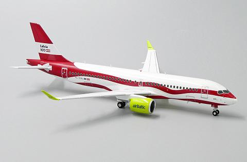 """JC Wings 1:200 - Airbus A220-300 """"100 лет Латвии"""" AirBaltic"""