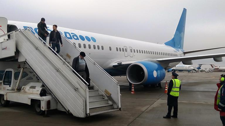 ПОБЕДный рейс на Б737-800 из Екатеринбурга (Кольцово) в Москву (Внуково) + бонус Шереметьево + архивы