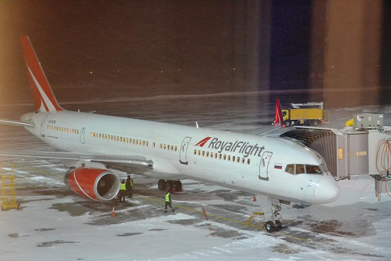 Фотообзор авиакомпании Роял Флайт (Royal Flight)