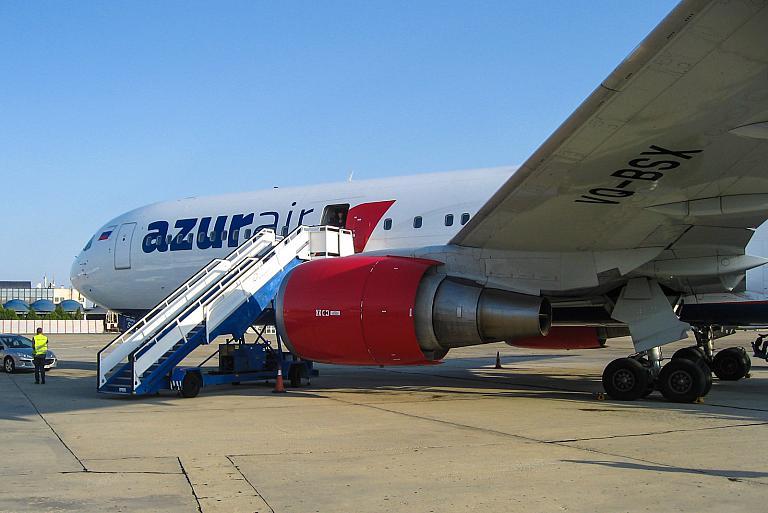 Фотообзор авиакомпании Азур Эйр (Azur Air)
