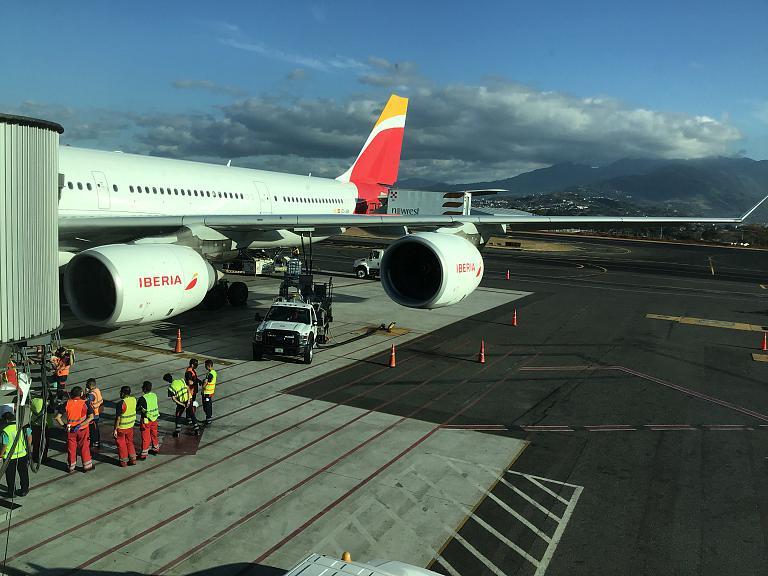 Через Атлантику к Тихому: Мадрид - Сан-Хосе (Коста-Рика) с Iberia на А346 (EC-JBA)