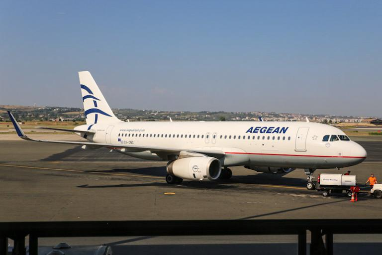 Фотообзор авиакомпании Эгейские Авиалинии (Aegean Airlines)