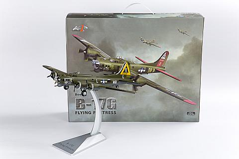 Модель самолета Boeing B-17G Flying Fortress 1:72 от Air Force 1
