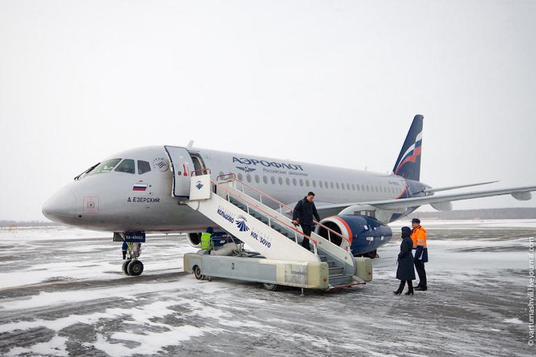 Flight to Nizhny Novgorod on a Sukhoi Superjet 100