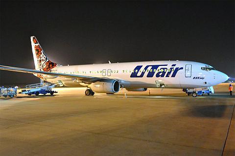 Фотообзор авиакомпании Азур Эйр Украина (Azur Air Ukraine)