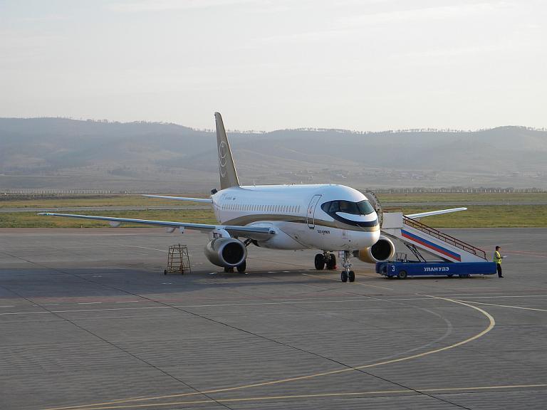Тюмень - Улан-Удэ - Владивосток на Сухом Суперджете, Авиакомпания Центр-Юг.