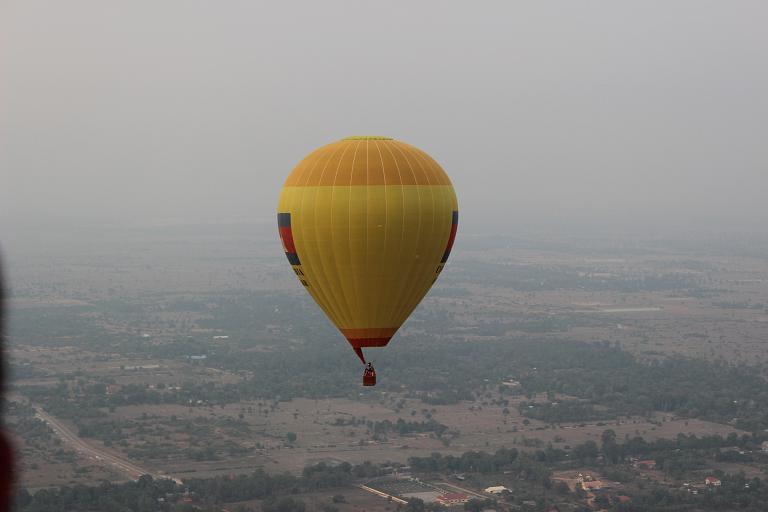 В гости к кхмерам. Часть 3 - Полет на воздушном шаре