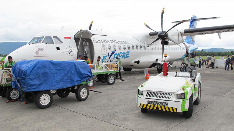 Из Новой Гвинеи (Соронг, Западная Папуа) на Молуккские острова (Амбон) с Garuda Indonesia на ATR 72-600