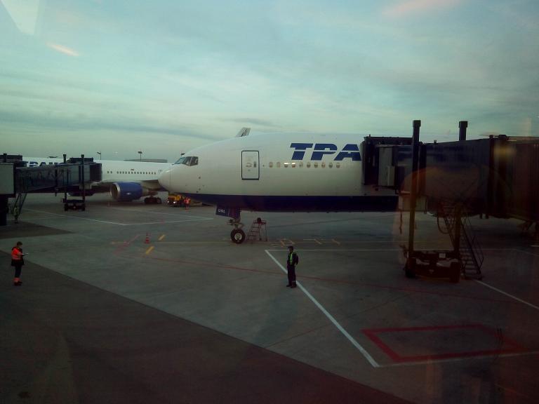Омск-Москва-Сочи и обратно с Трансаэро. Часть третья: Сочи-Москва, Boeing 777-300, EI-UNL