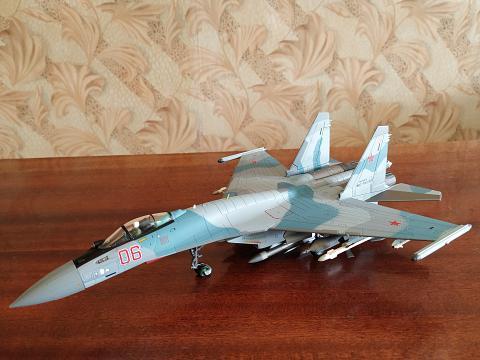 Су-35 в масштабе 1:72 от Hobby Master, фотообзор