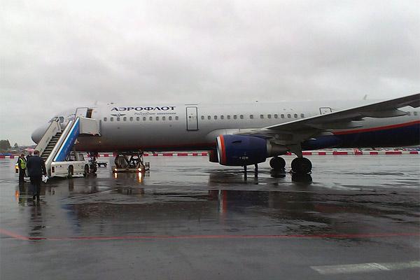 Обзор рейсов su33 и su1830, маршрут Санкт- Петербург-Москва-Минск