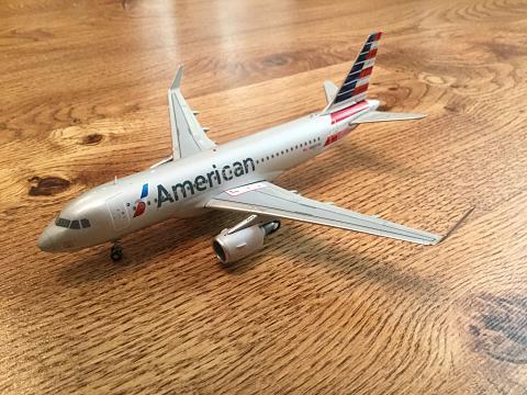 "Обзор модели ""Gemini Jets"" 1/200 авиакомпании ""American Airlines"" Airbus A319"