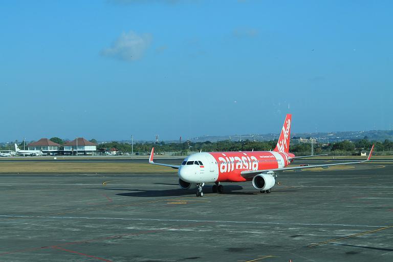 Бали (DPS) -  Джакарта (CGK) с лучшим лоукостером Air Asia