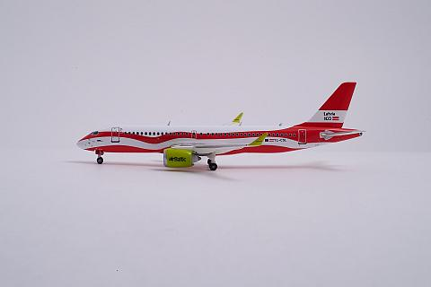 Модель авиалайнера AirBaltic A220-300 YL-CSL от Gemini Jets