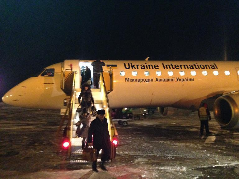 Галопом по столицам. DME→TSE via KBP с Ukraine International Airlines