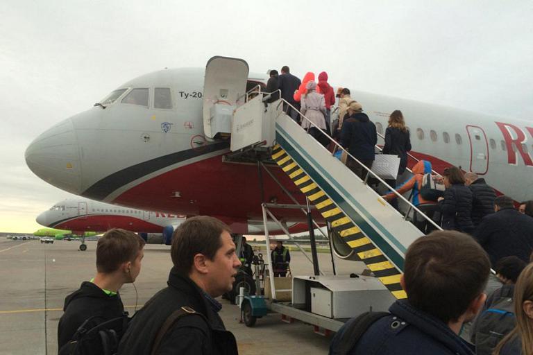 Москва (Домодедово) - Сочи с Red Wings на Ту-204