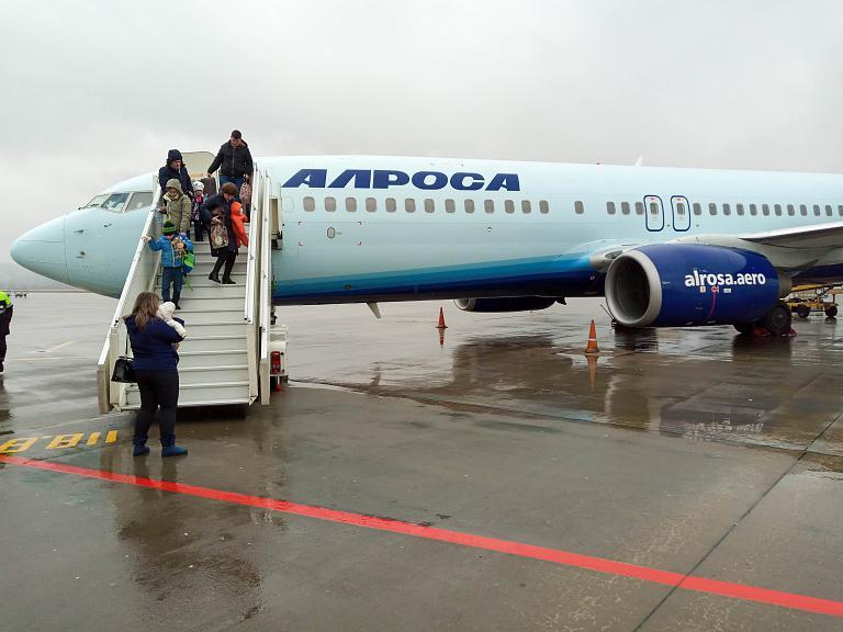 Москва - Сочи, Алроса, Boeing 737-86N, EI-ECM
